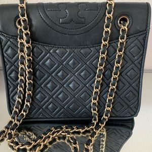 Tory Burch Small Fleming Quilted Shoulder Bag 💓